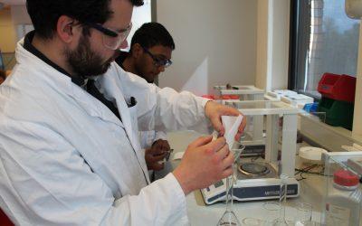 Onze studenten gaan de challenge aan: Hoe filteren we medicijnen uit ons afvalwater?